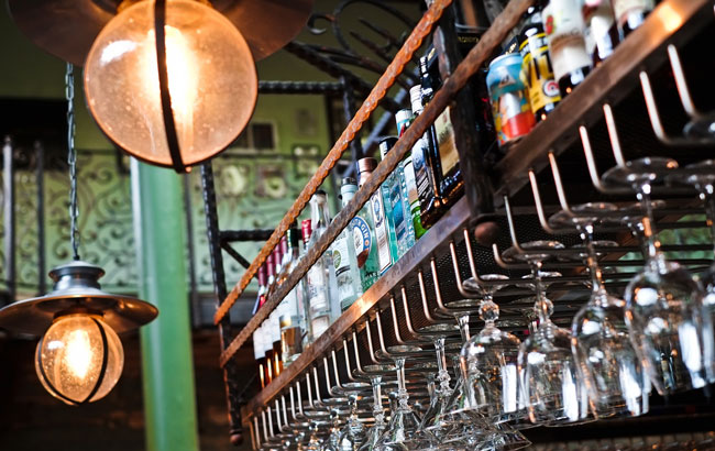 Plans to add calories to on-trade alcohol 'absurd'