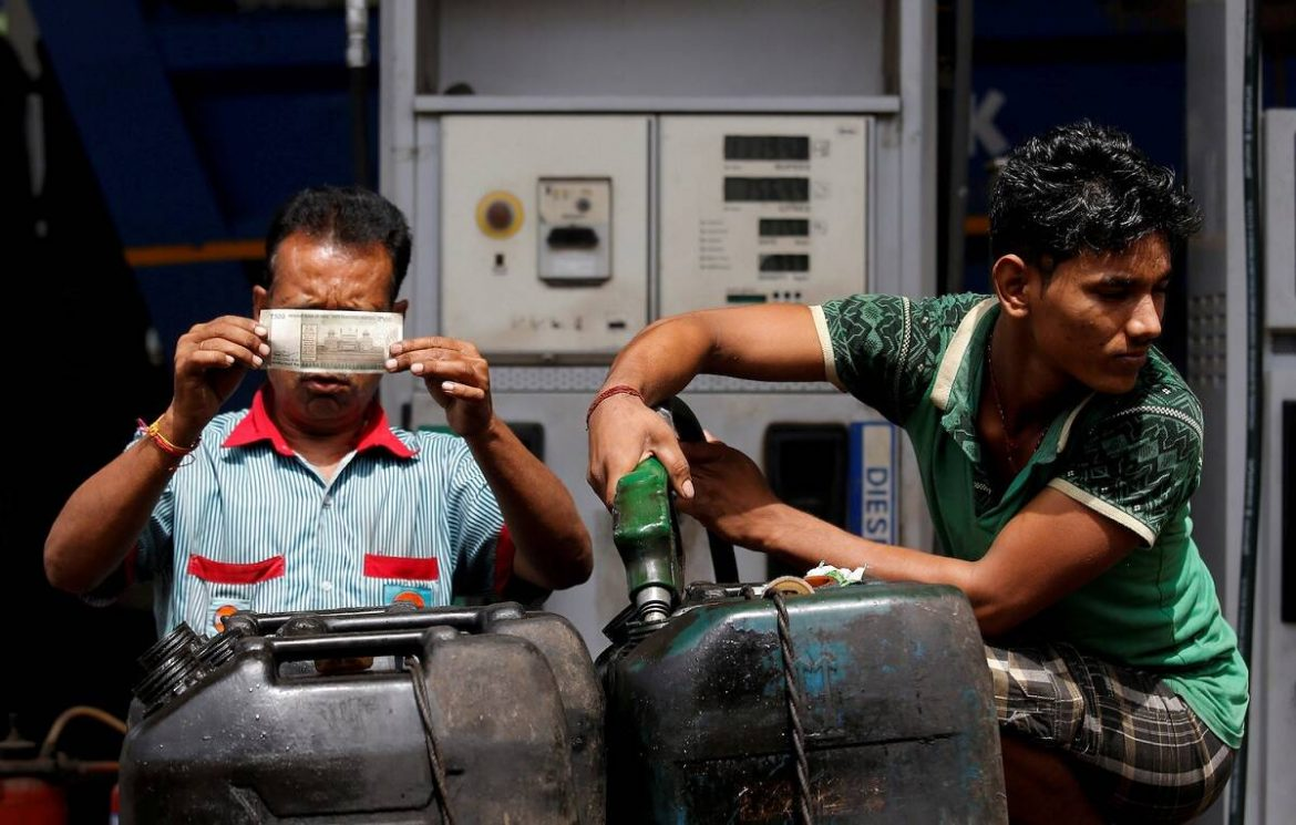 Petrol and diesel price today 26 May 2021: Rates unchanged today; check price in Delhi, Mumbai here