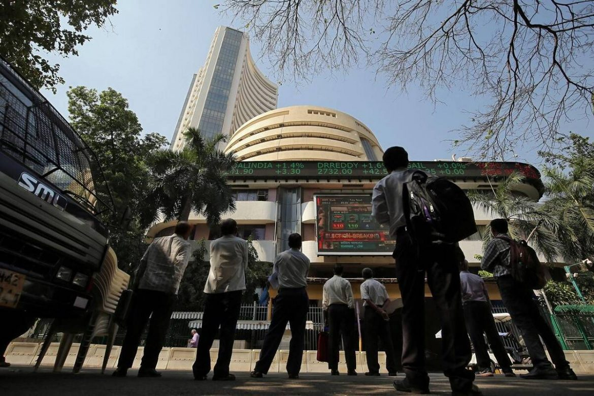Share Market LIVE: Sensex, Nifty may open in red; commercial papers issuance down as covid scare grew stronger