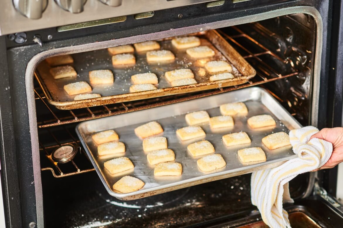 The Baking Sheet and Cooling Rack Combo That Actually Fits Perfectly Together