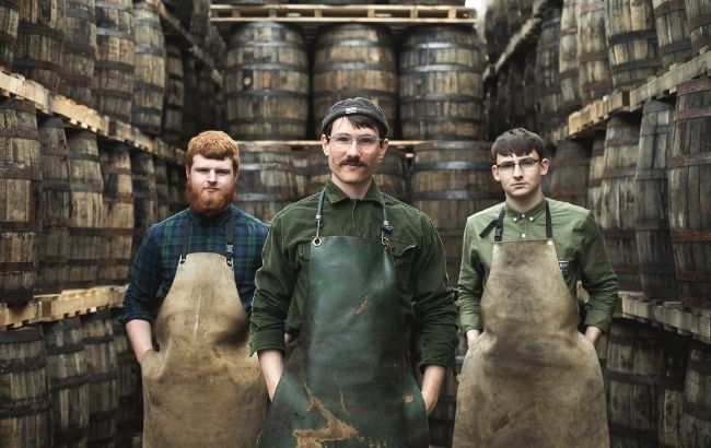 Tullamore Dew bolsters cooperage with new apprentices