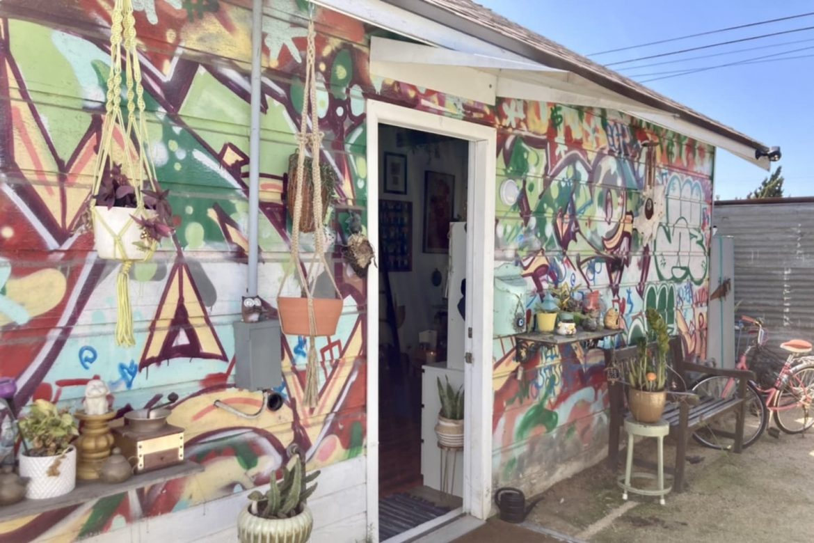 6 Brilliant Storage Ideas to Steal from This 210-Square-Foot Tiny House with a Makeshift Kitchen