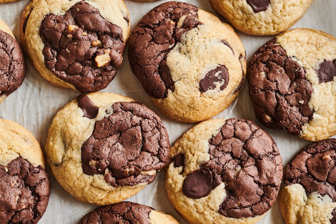 Chewy, Fudgy Brookies Are for Dessert-Lovers Who Want It All