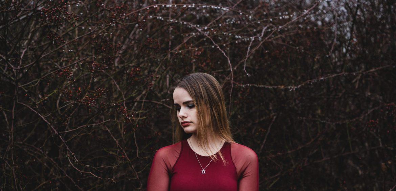 "ELUNIA Talks ""Pressure Points"" & Her New EP"
