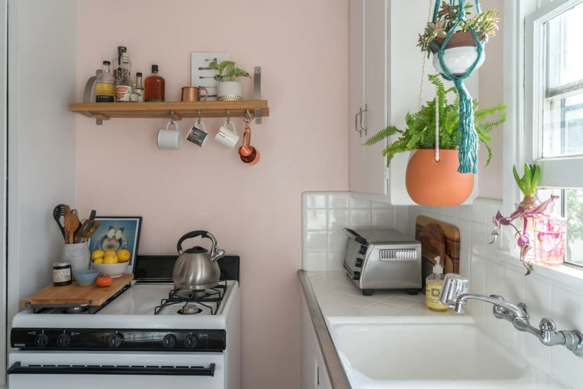 I'm a College Student with a Tiny Apartment (and Budget) — These Are the Kitchen Tools I Swear By