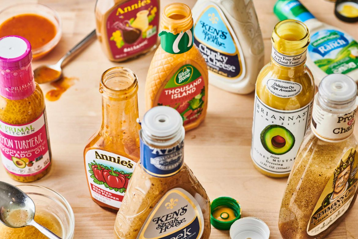 If You Love Garlic, This Bottled Salad Dressing Is the Only One You'll Ever Need