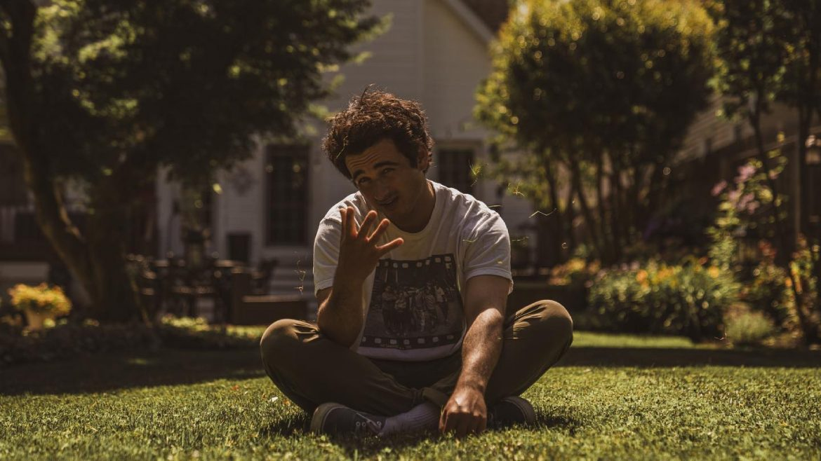 INTERVIEW: Sam MacPherson Taps Into His Emotions With New Single, 'Perfect Conditions'