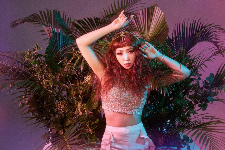 """K-Pop Icon MINZY on New Single """"TEAMO"""""""
