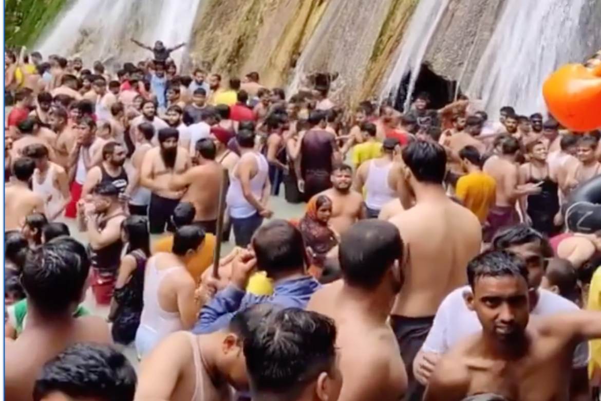 Kempty Falls Crowding: After viral video, Uttarkhand govt to allow only 50 tourists to visit Mussorie attraction