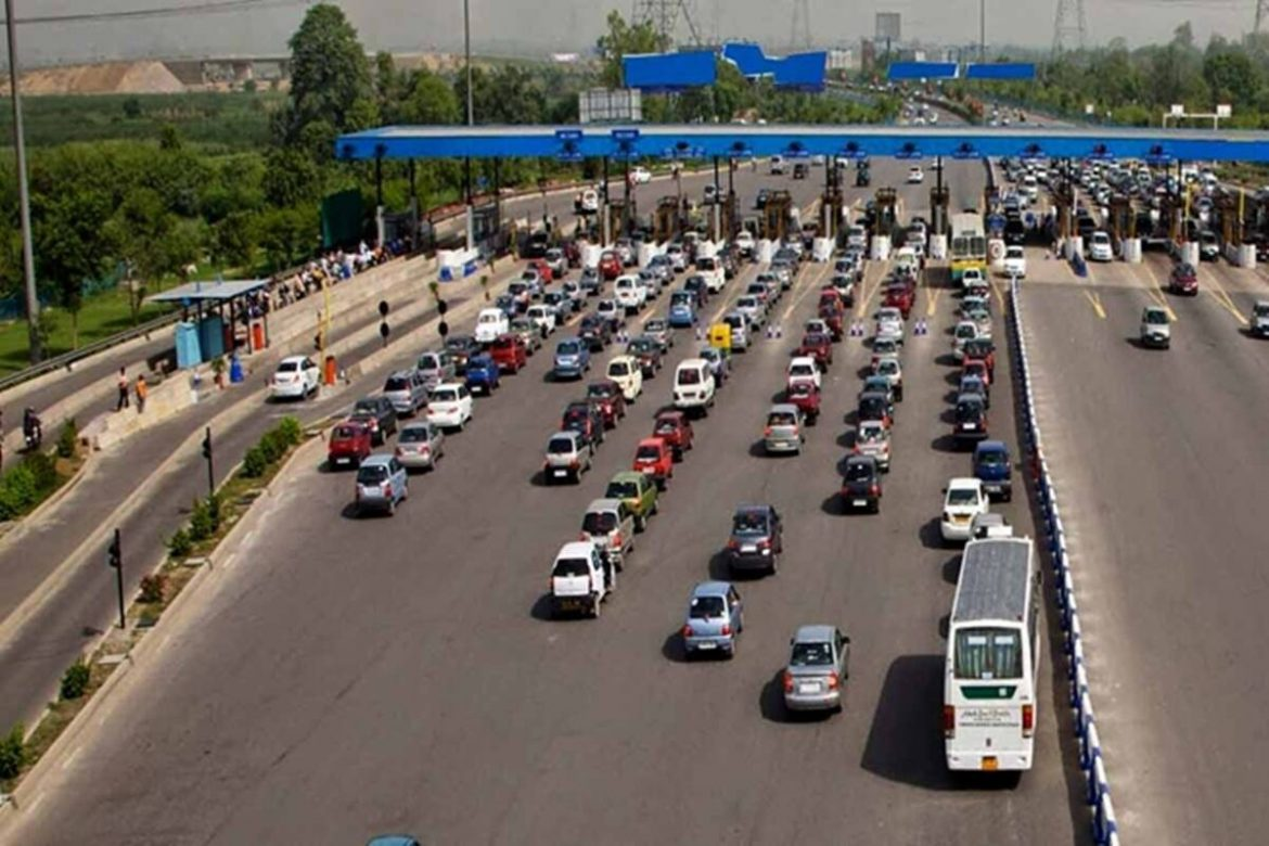 Traffic back on highways! Rs 103 crore toll collected through FASTags by July 1