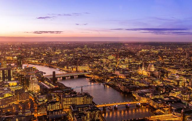Bars boost UK economy