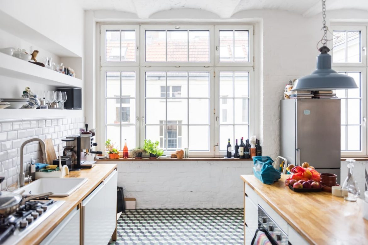 3 Non-Negotiable, Low-Effort Kitchen Chores You Need to Do Every Single Night