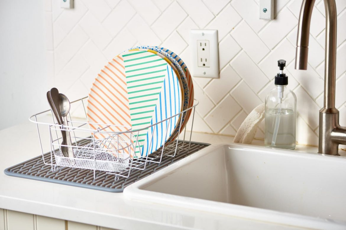5 Clever Ways to Use a Dish Rack (Beyond Using It to Air-Dry Your Dishes)
