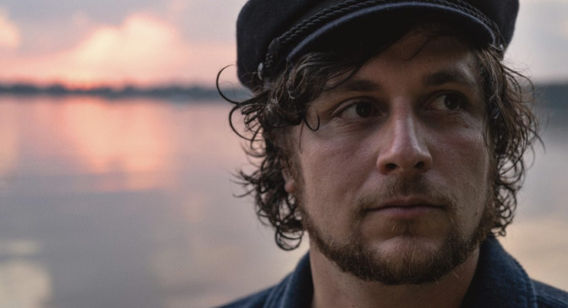 L'aupaire Chats New Music & His Favourite Song
