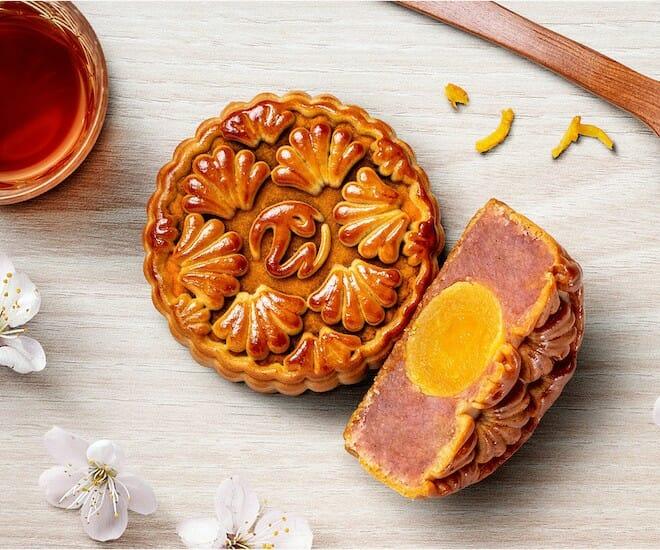 Luxurious Mooncakes To Celebrate Mid-Autumn Festival