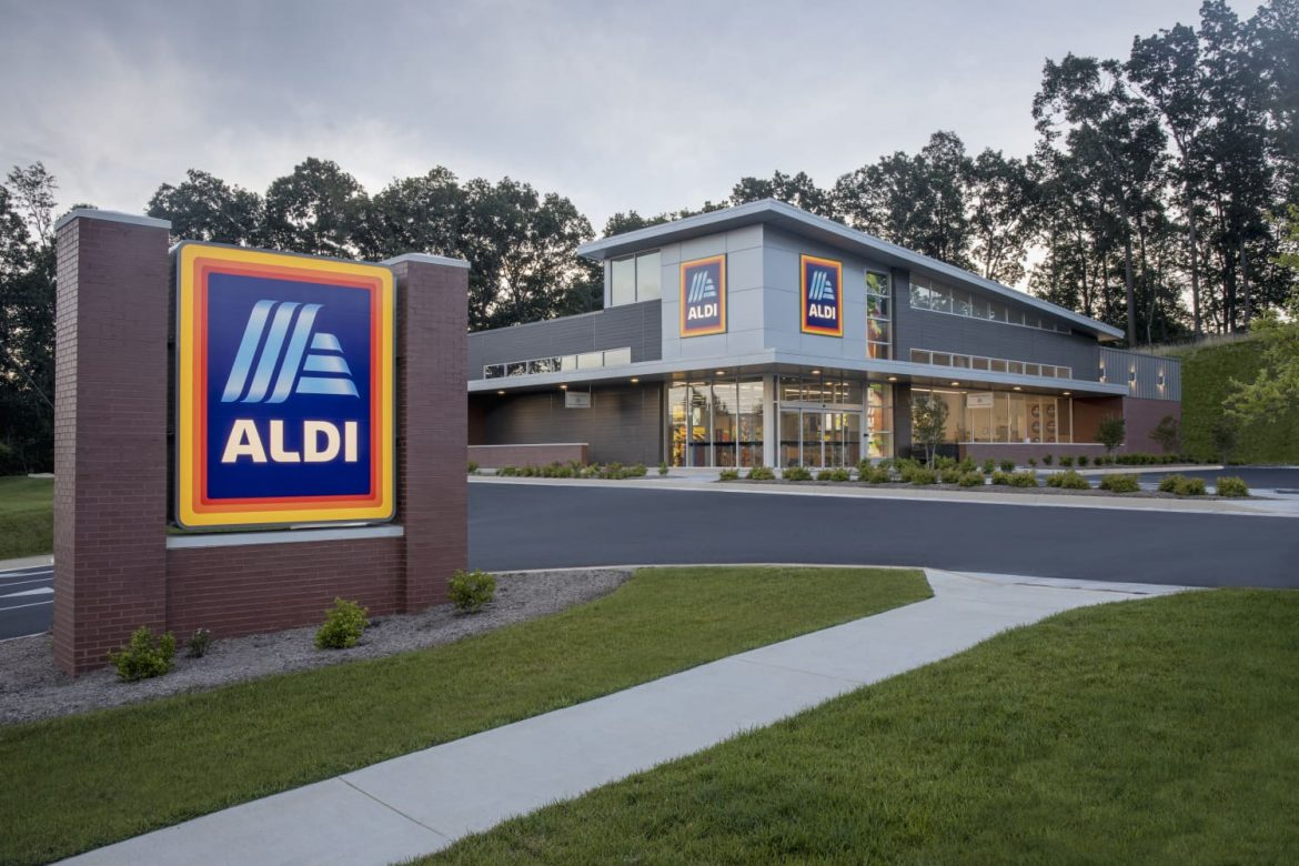 5 Groceries I ONLY Buy at Aldi