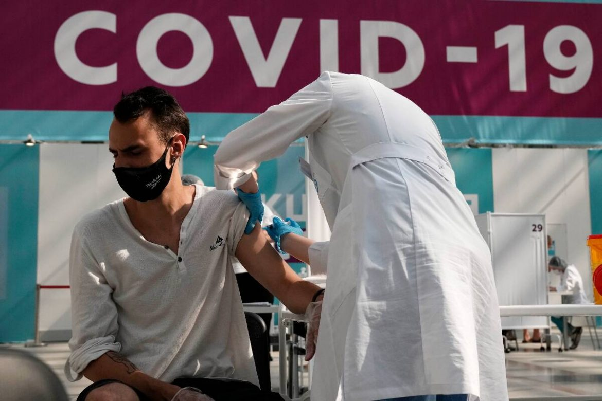 Coronavirus LIVE Updates: India reports 21,257 new cases; govt says second wave still 'not under control'