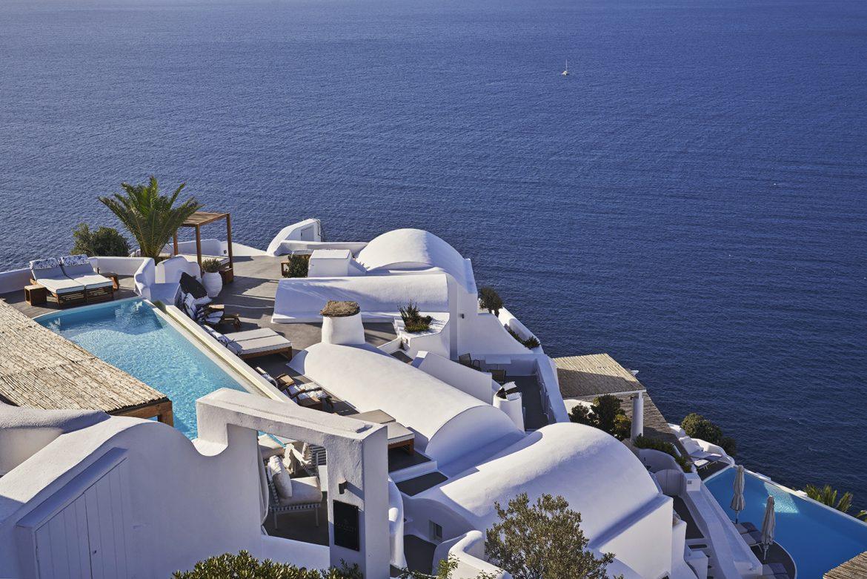 Katikies, A 5-Star Luxury Hotel in Beautiful Santorini