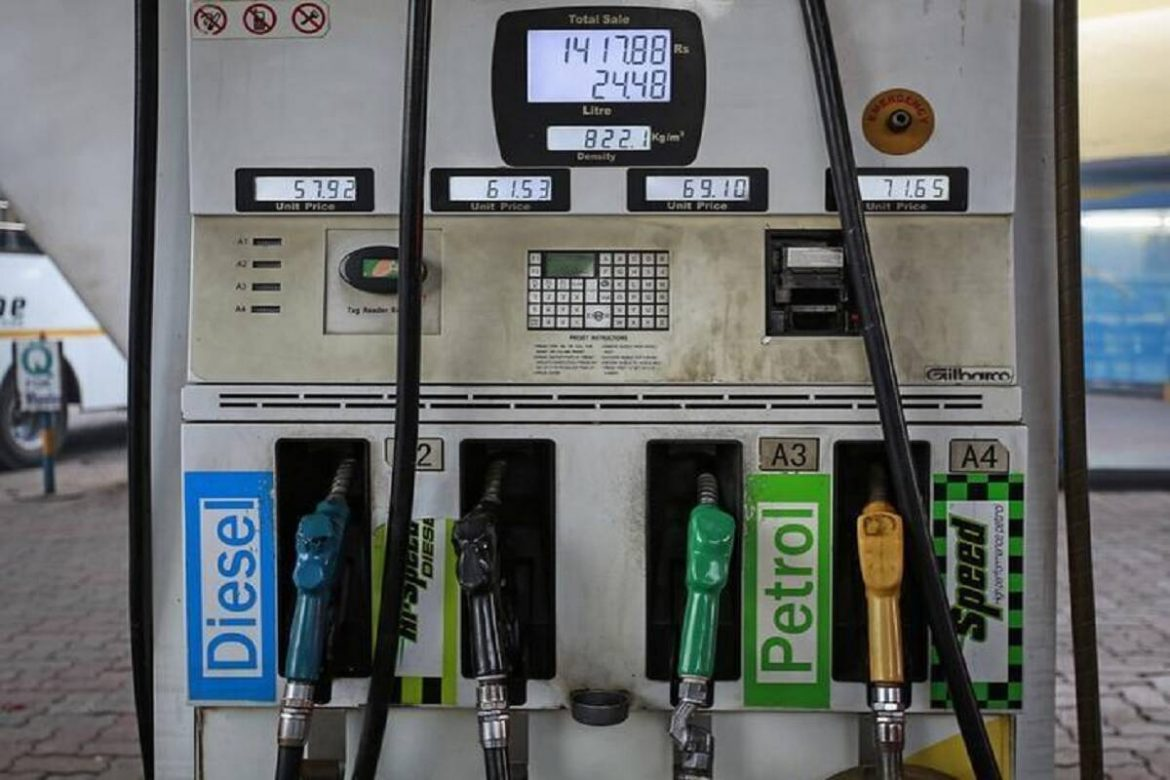 Petrol and diesel price October 1: Fuel rates hiked for 2nd day straight; Check price in Delhi, Mumbai here