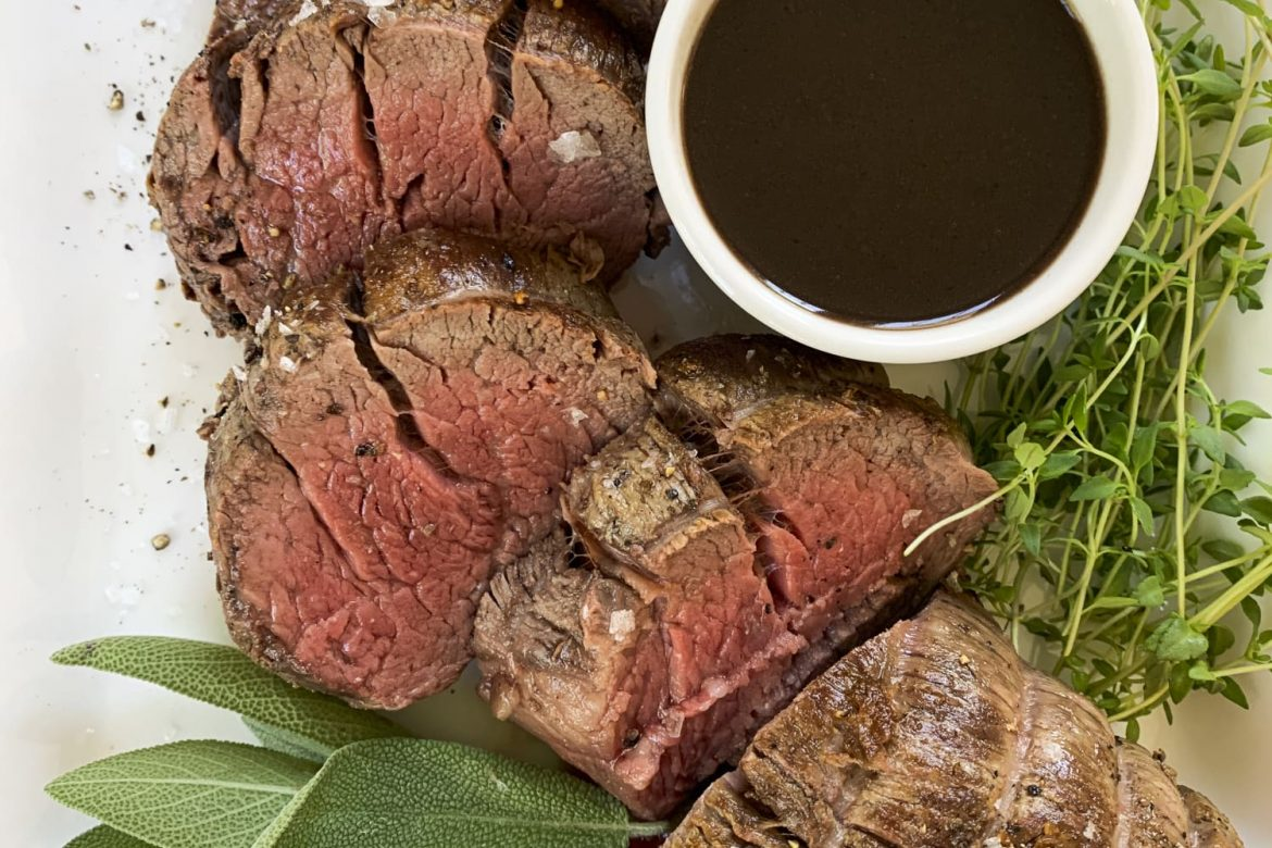 This Easy Chateaubriand Is the Most Delicious Way to Impress Someone