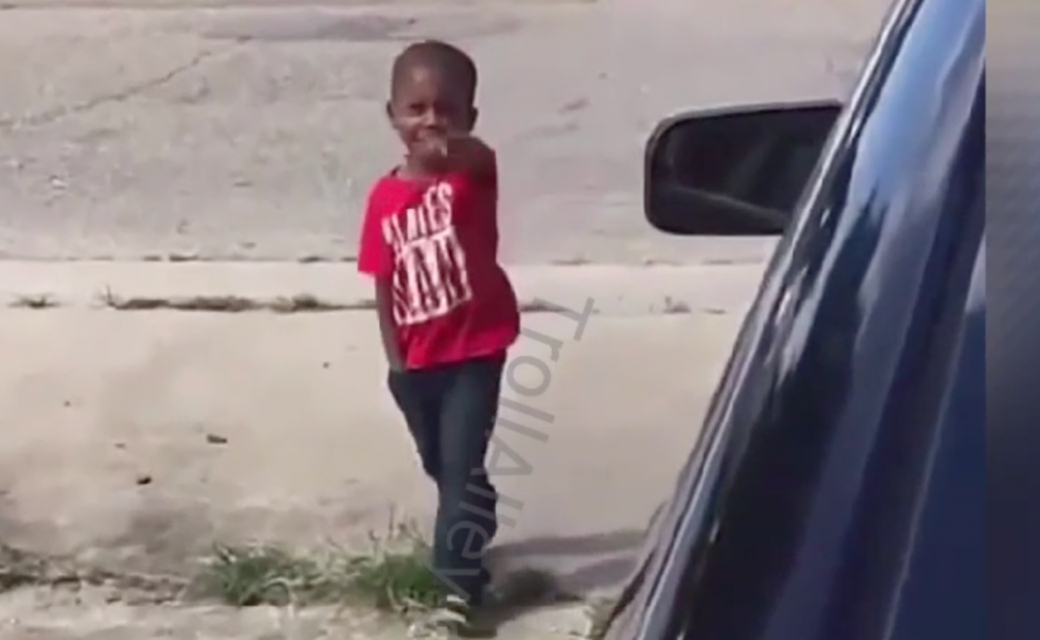 Three Year Old Chicago TODDLER Pulls Gun On Woman In IG Video!!