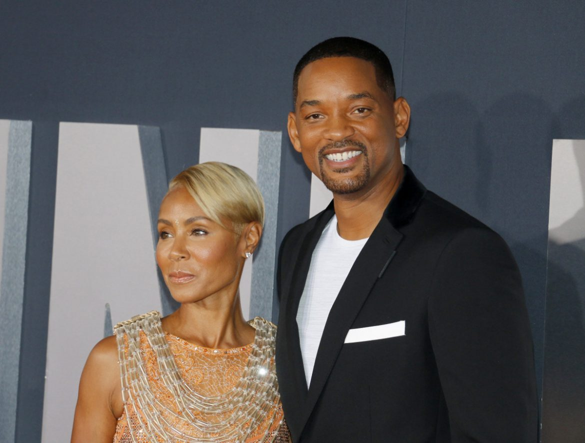 Will Smith THROWS SHADE At Jada On TikTok . . . Suggests She's A GOLD DIGGER!!